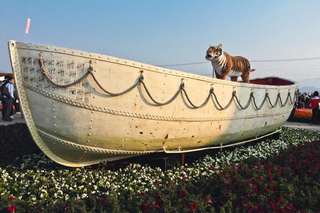 跟著 Mikey 一家去旅行 - 【 新社 】2013 新社花海節
