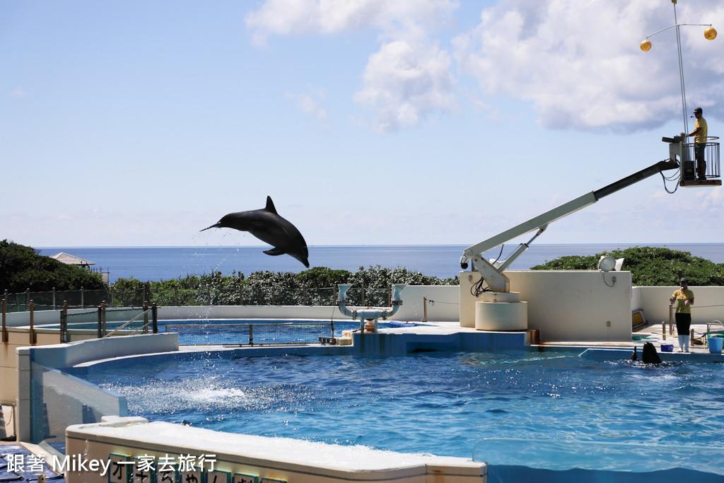 跟著 Mikey 一家去旅行 - 【 沖繩 】 美ら海水族館 - 海豚表演