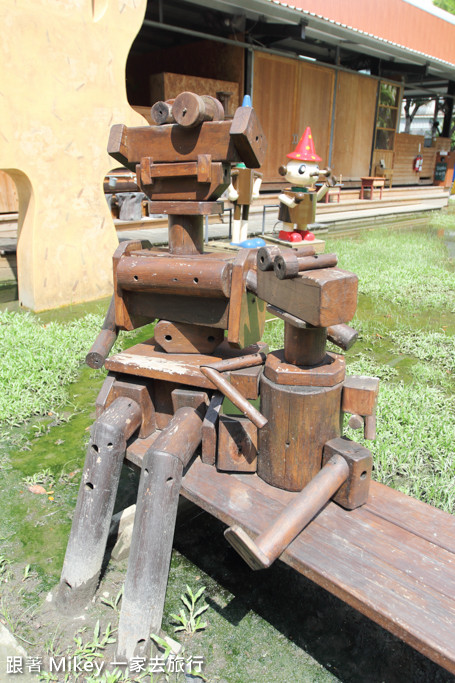 跟著 Mikey 一家去旅行 - 【 台中 】老樹根魔法木工坊