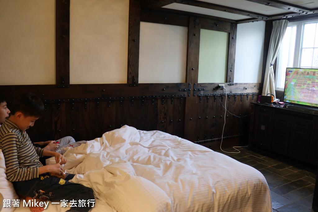 跟著 Mikey 一家去旅行 - 【 仁愛 】凡賽斯民宿 - 房間篇