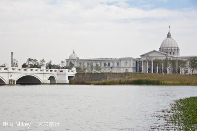 跟著 Mikey 一家去旅行 - 【 仁德 】台南都會公園 - 奇美博物館
