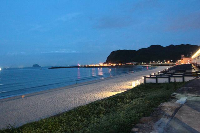 跟著 Mikey 一家去旅行 - 【 萬里 】白宮行館沙灘渡假酒店 - Part I