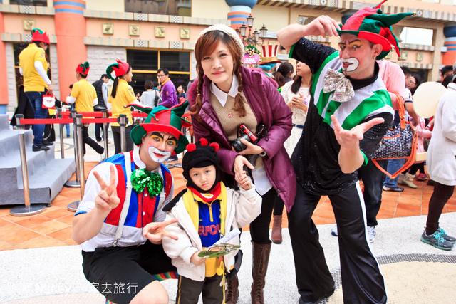 跟著 Mikey 一家去旅行 - 【 高雄 】義大遊樂世界 - 遊行篇