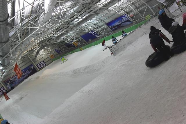 跟著 Mikey 一家去旅行 - 【 新豐 】小叮噹科學遊樂區 - 北海道滑雪場