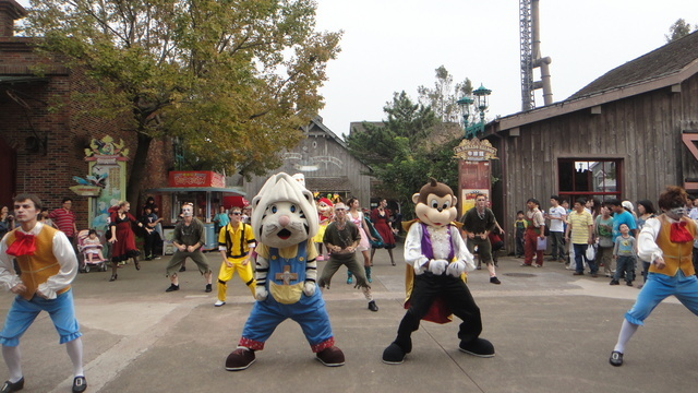 跟著 Mikey 一家去旅行 - 【 關西 】六福村主題遊樂園 - 萬聖節篇