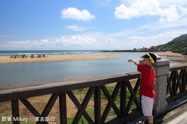 跟著 Mikey 一家去旅行 - 【 福隆 】福隆海水浴場
