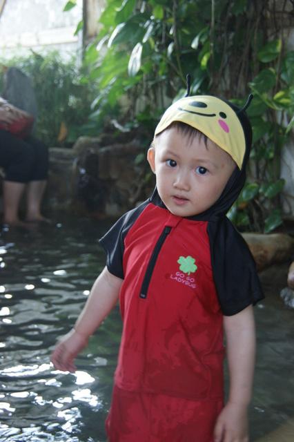 跟著 Mikey 一家去旅行 - 【 仁愛 】泰雅渡假村 - 泰雅皇宮