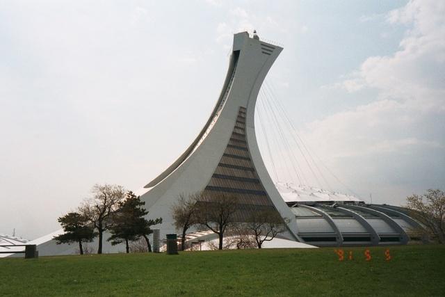跟著 Mikey 一家去旅行 - 【 加拿大 】蒙特婁