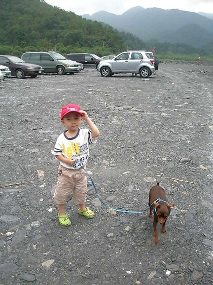 跟著 Mikey 一家去旅行 - 【 大同 】地熱谷