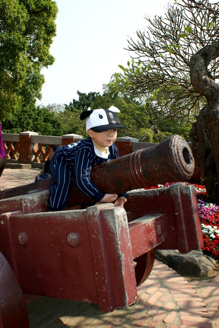 跟著 Mikey 一家去旅行 - 【 安平 】安平古堡