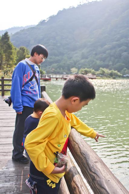 跟著 Mikey 一家去旅行 - 【 員山 】望龍埤 - 下一站幸福拍攝地
