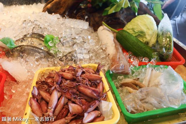 跟著 Mikey 一家去旅行 - 【 頭城 】烏石港活海鮮餐廳