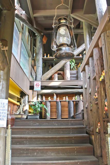 跟著 Mikey 一家去旅行 - 【 員山 】庄腳所在 - 鄧伯花廊咖啡座