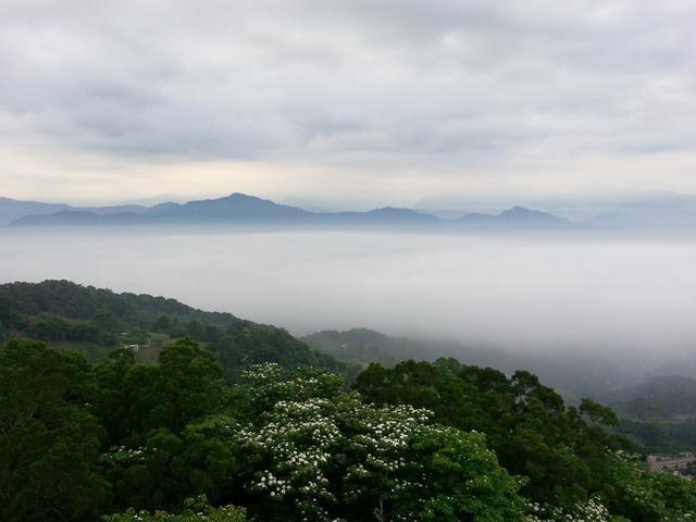 跟著 Mikey 一家去旅行 - 【 三義 】雲洞山莊